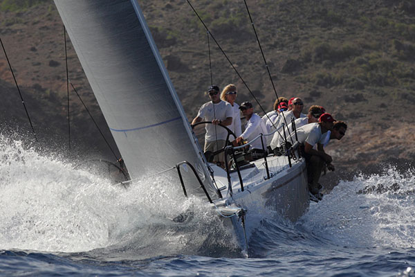 Antigua Round the Island Race 2014