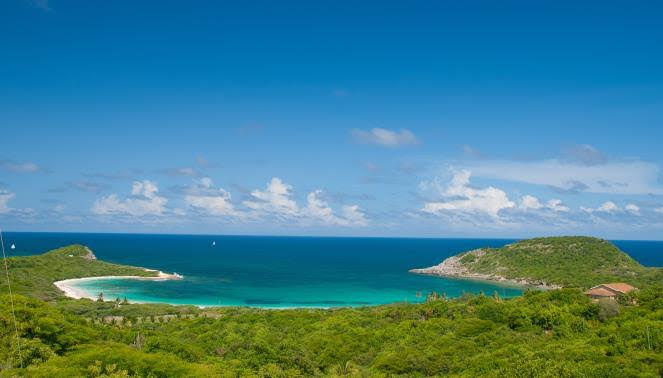 Half Moon Bay to Sponsor Antigua Sailing Week